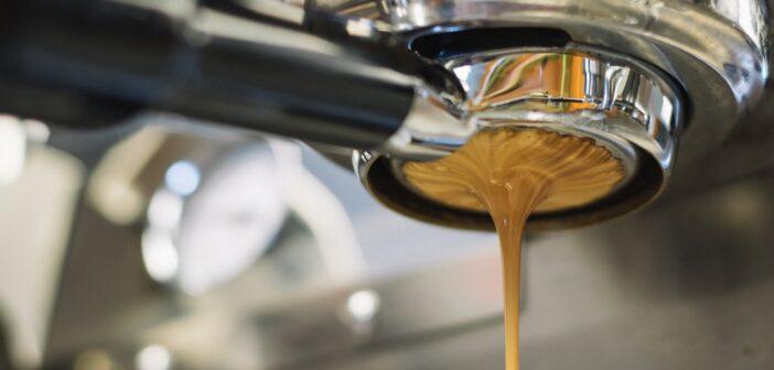 Kaffemaskin med kvern